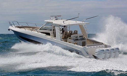 Boston Whaler 420 Outrage Boat Test