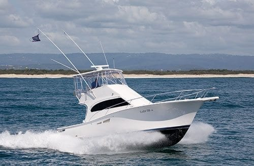 Luhrs 35 Convertible Boat Test